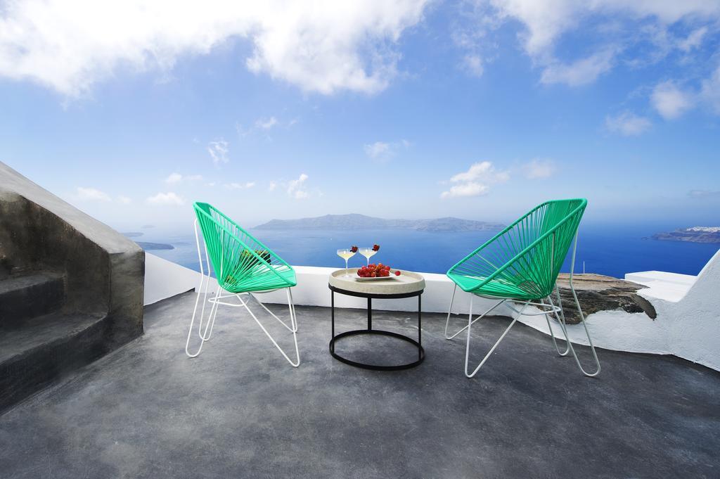 Sophia Suites Santorini : Sophia luxury suites imerovigli santorini santorini greece guide
