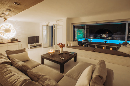 Villa Mando 1, Living room