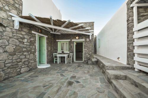 Studio C Entrance, Villa Mando 2