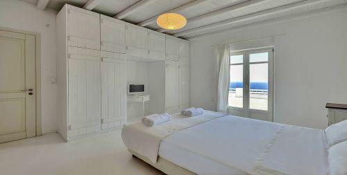 Master Bedroom 2, upper floor