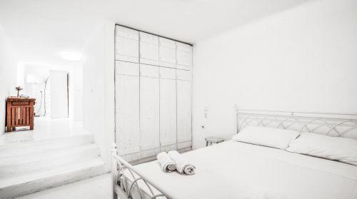 Ground floor bedroom, Villa Mando 1
