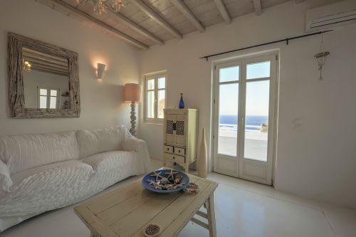 Upper Floor Living room - Maisonette A, Villa Mando 2
