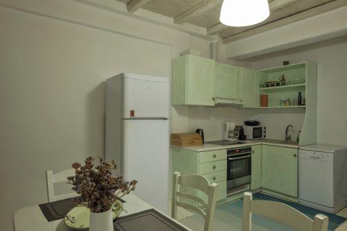 Fully equipped kitchen, Maisonette A, Villa Mando 2