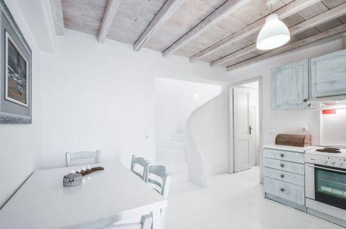 Fully equipped kitchen - Maisonette B, Villa Mando 2