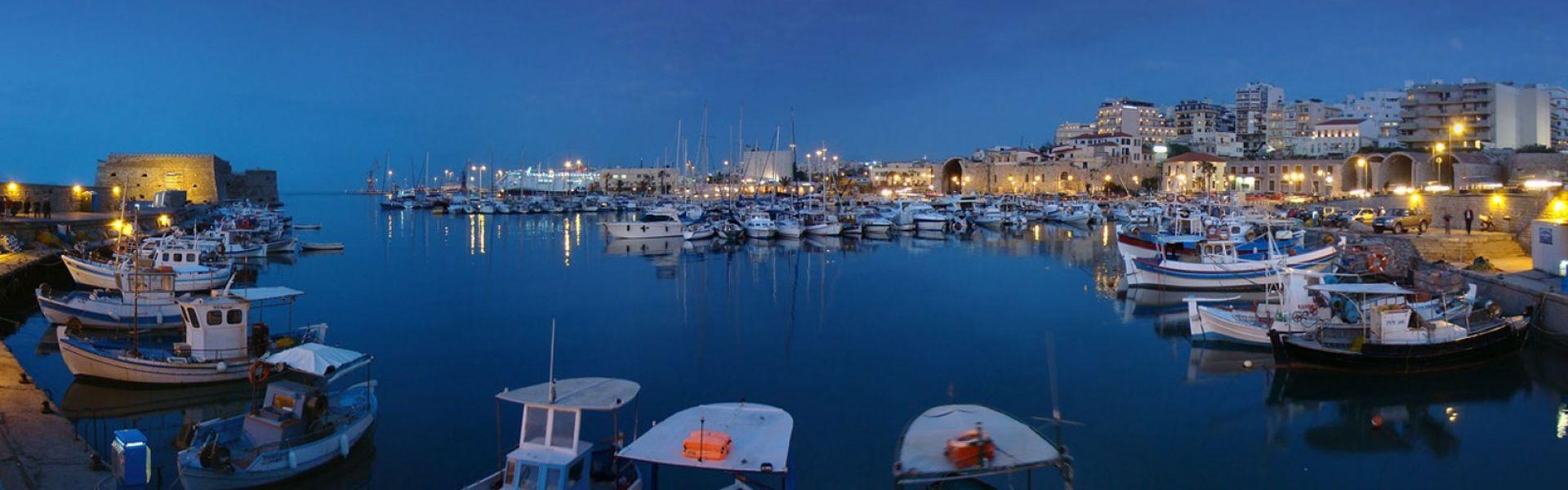 Venetian FOld Harbor - Heraklion cityortress - Heraklion city