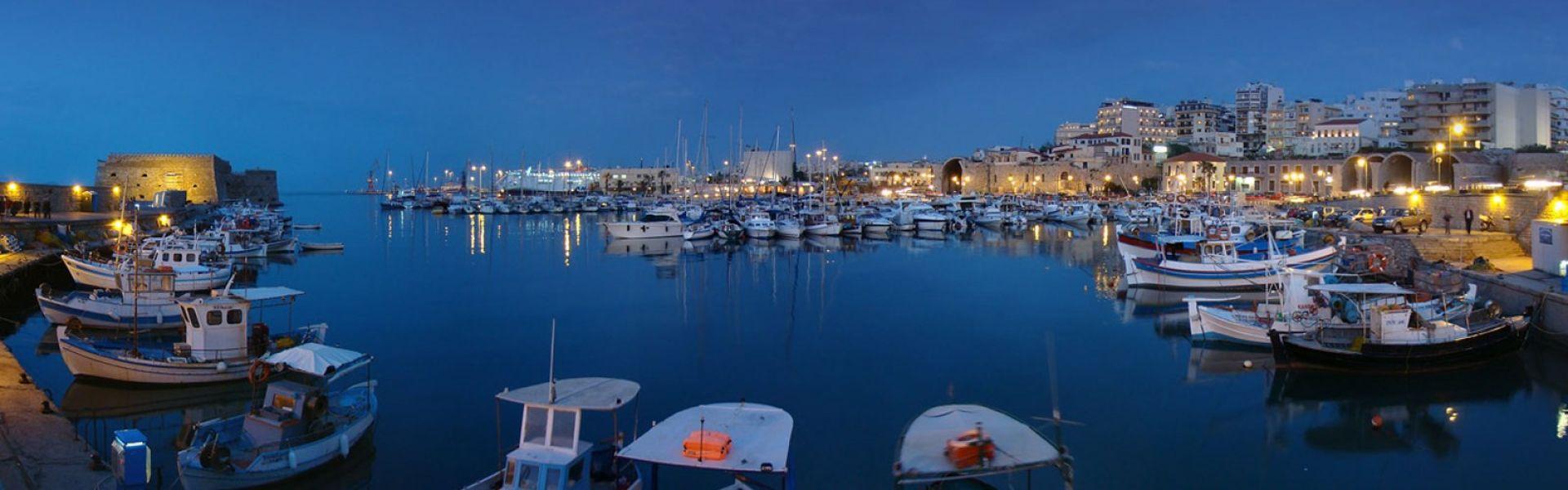 Venetian FOld Harbor - Heraklion cityortress - Heraklion city