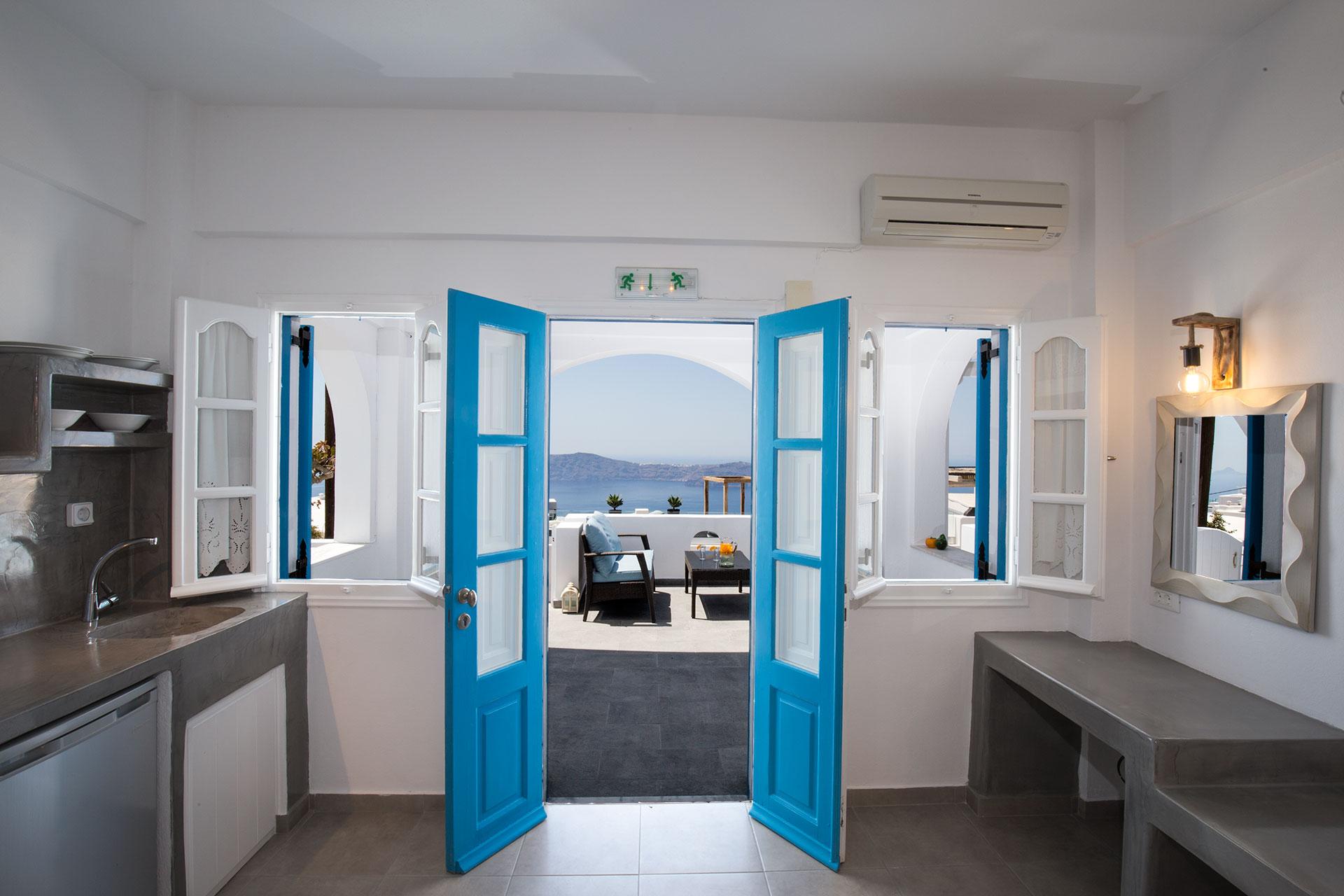 Studios with Caldera view, Imerovigli, Santorini   Ampelonas