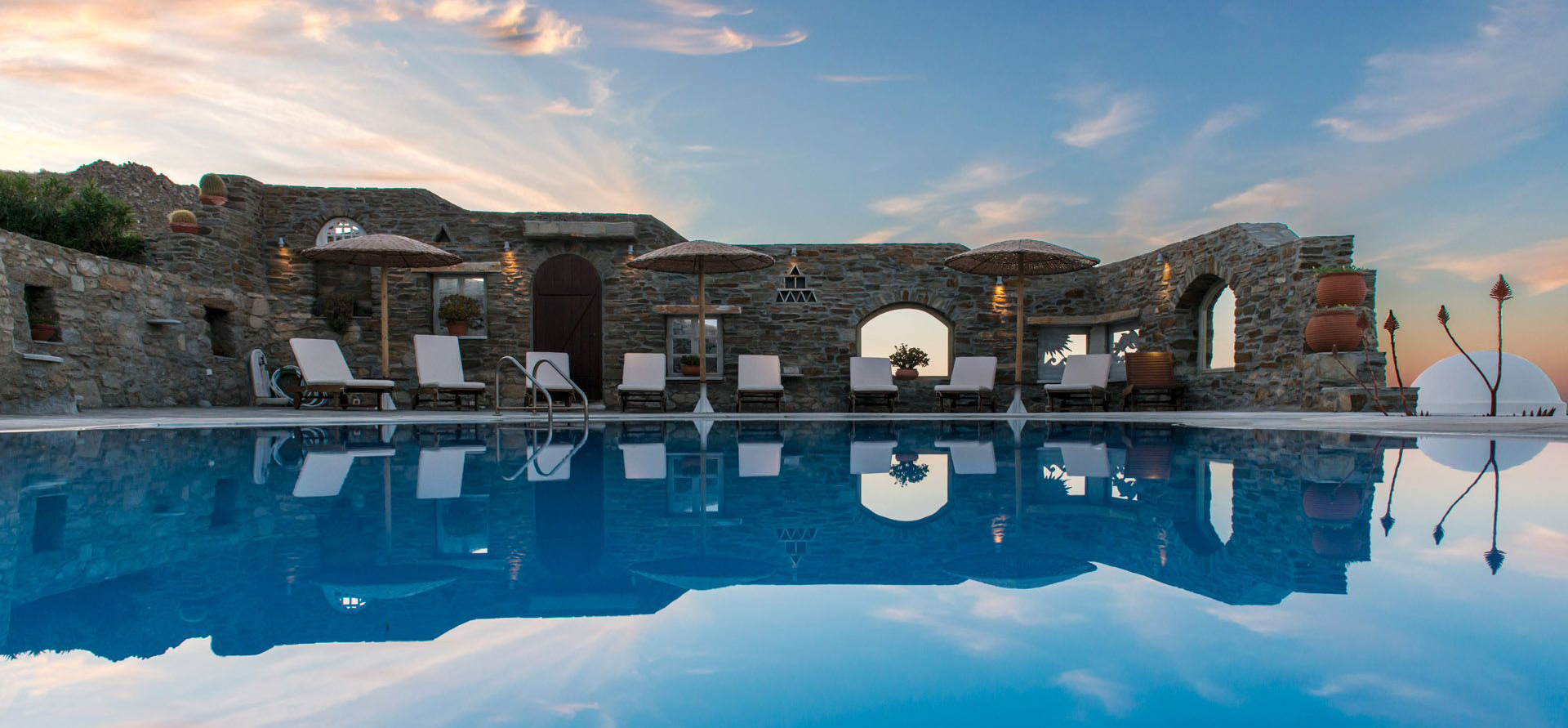 Mykonos Thea swimming pool